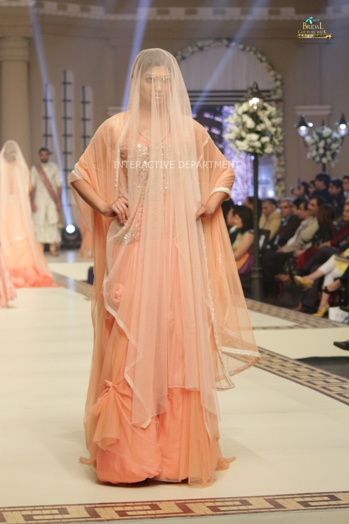 TBCW14  KUKI CONCEPTS telenor bridal couture week 2014 Lahore Designer Zahid Kahn Fashion Collection Pakistan (34)