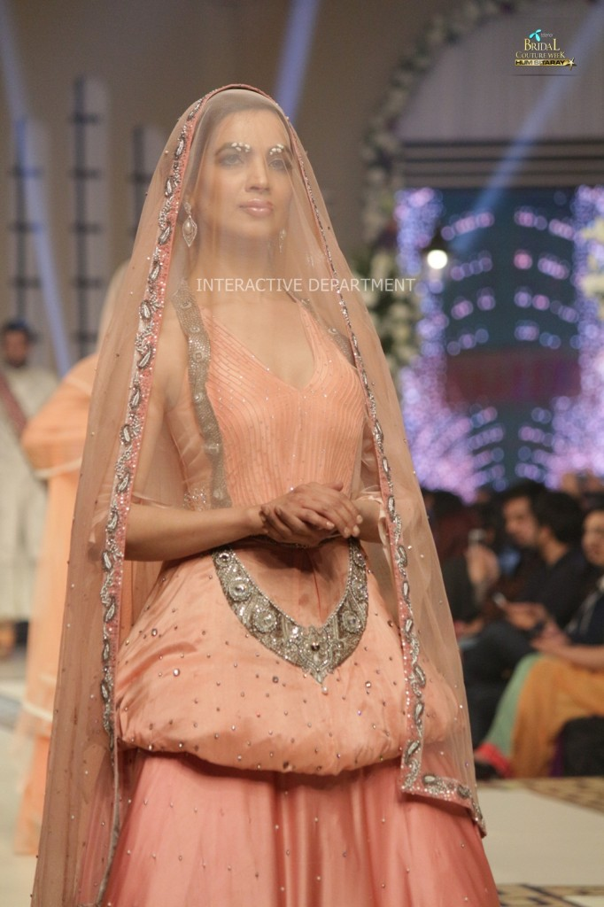 TBCW14  KUKI CONCEPTS telenor bridal couture week 2014 Lahore Designer Zahid Kahn Fashion Collection Pakistan (35)