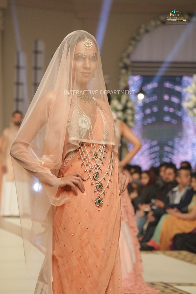 TBCW14  KUKI CONCEPTS telenor bridal couture week 2014 Lahore Designer Zahid Kahn Fashion Collection Pakistan (42)