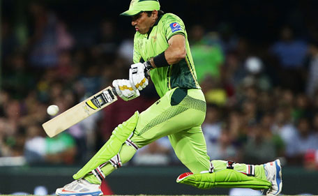 pakistan cricket team kit world cup 2015 cap and t-shirt Trouser available for sell made in pakistan