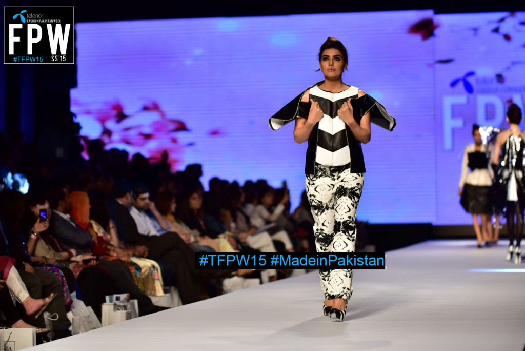 TFPW15 Telenor Fashion Pakistan Week 2015 TFPW 31st March 2015 Pearl Continental Hotel Karachi (39)