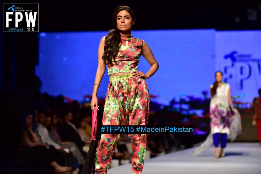TFPW15 Telenor Fashion Pakistan Week 2015 TFPW 31st March 2015 Pearl Continental Hotel Karachi (9)